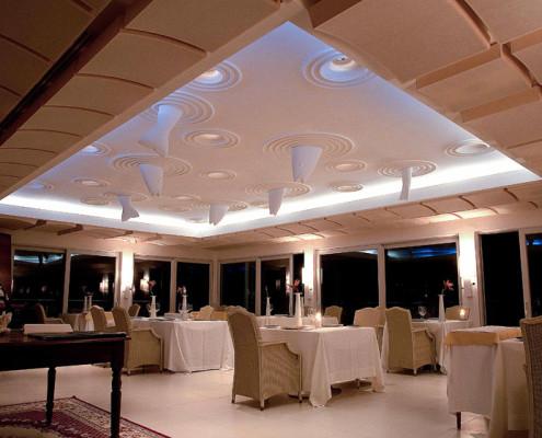 L'illuminazione del ristorante stellato I Quattro Passi a Nerano